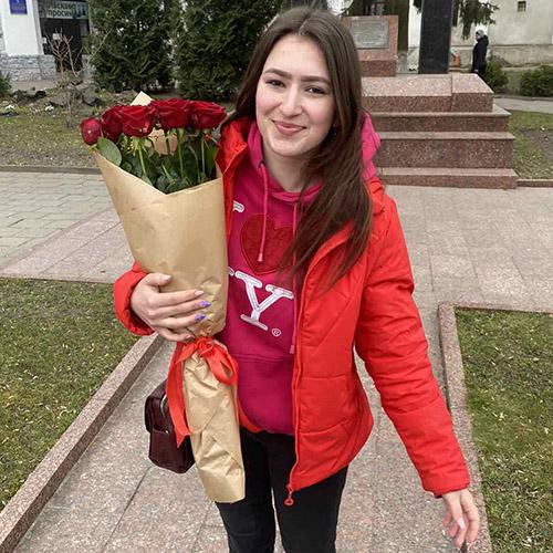 Фото товару 7 червоних троянд