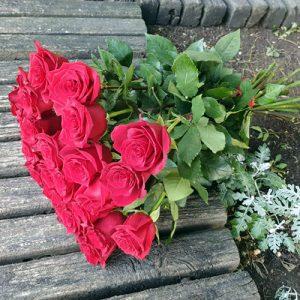 Букет 21 червона троянда в Тернополі фото