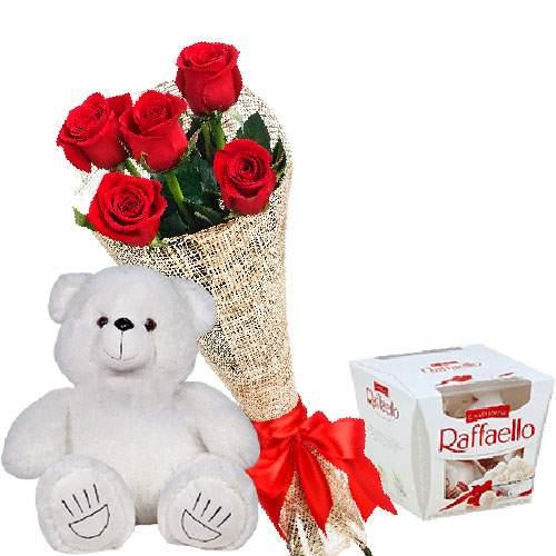 """фото товару Ведмедик з букетом троянд та """"Raffaello"""""""