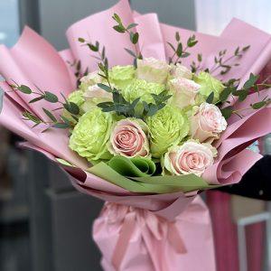 букет імпортних троянд фото
