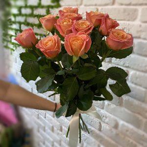 11 помаранчевих троянд фото