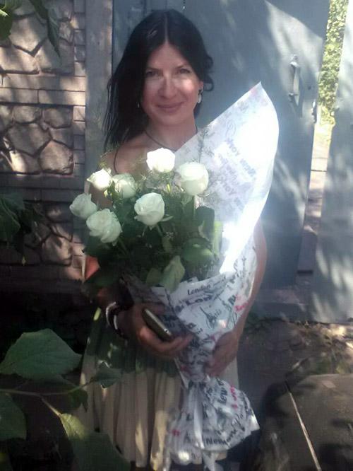 Букет білих троянд у Тернополі фото доставки